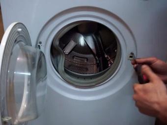 mosógép víz leengedése